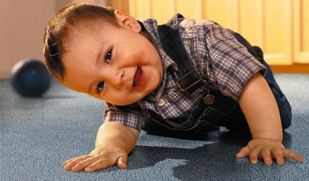 Child-friendly carpet cleaning with hypoallergenic detergents