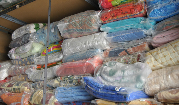 Laundry services (blankets, quilts, sheets, bed covers, table clothes, curtains, towels, etc.)